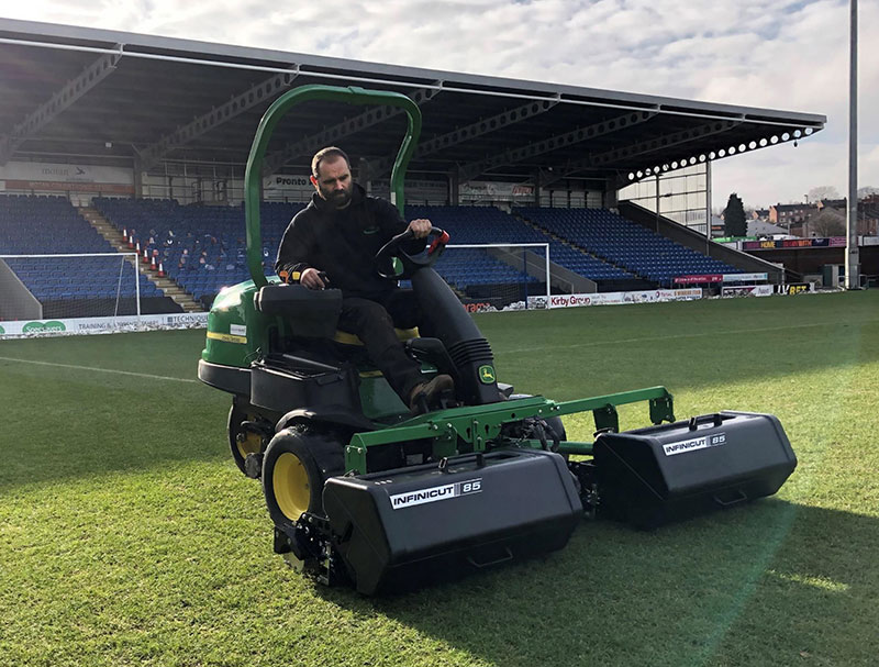 "New INFINICUT® adaptation kit converts JD 2500 triplex into 85"" Sports Turf mower"